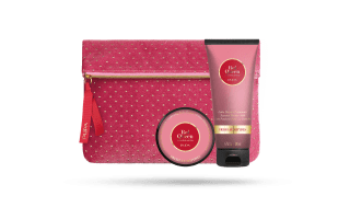 Red Queen Fresh Aldehydes Lait Douche  + Crème illuminante 002